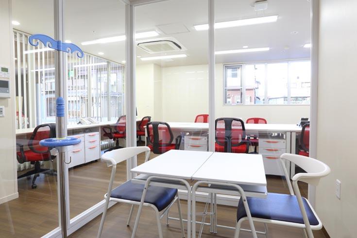 事務・医務室 医務室